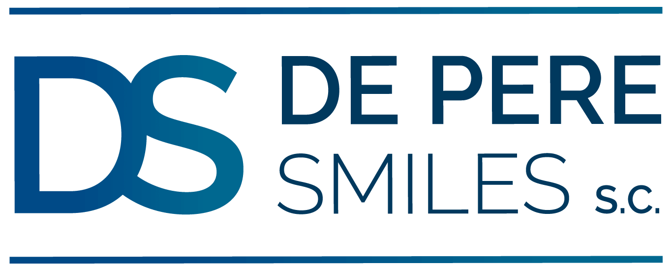 De Pere Smiles scroll logo