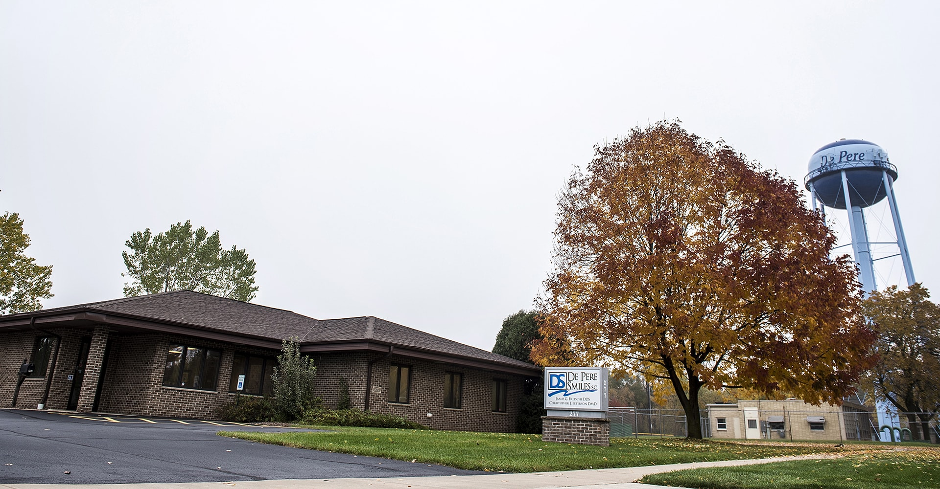 De Pere Smiles building in De Pere, WI - Contact Us today!